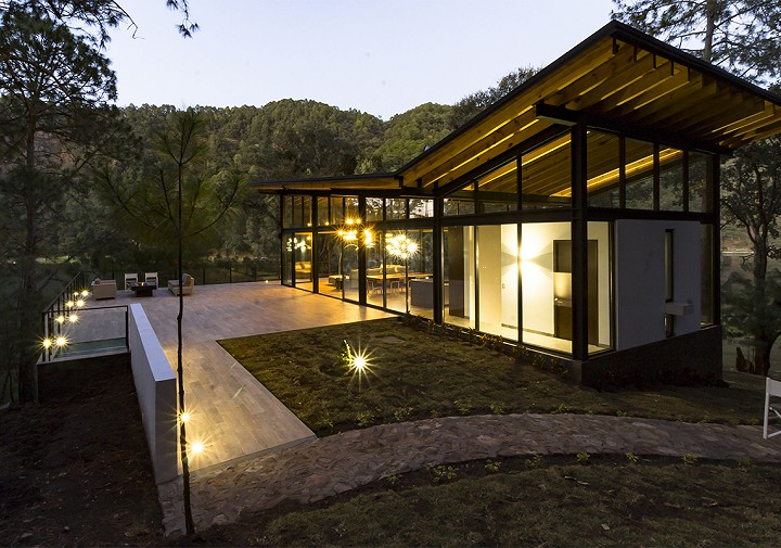 Gallery of instalaciones sierra lago resort spa for Casa moderna 99 arena